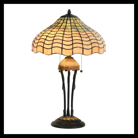 Filamentled Bogston Tiffany asztali lámpa 3xE27